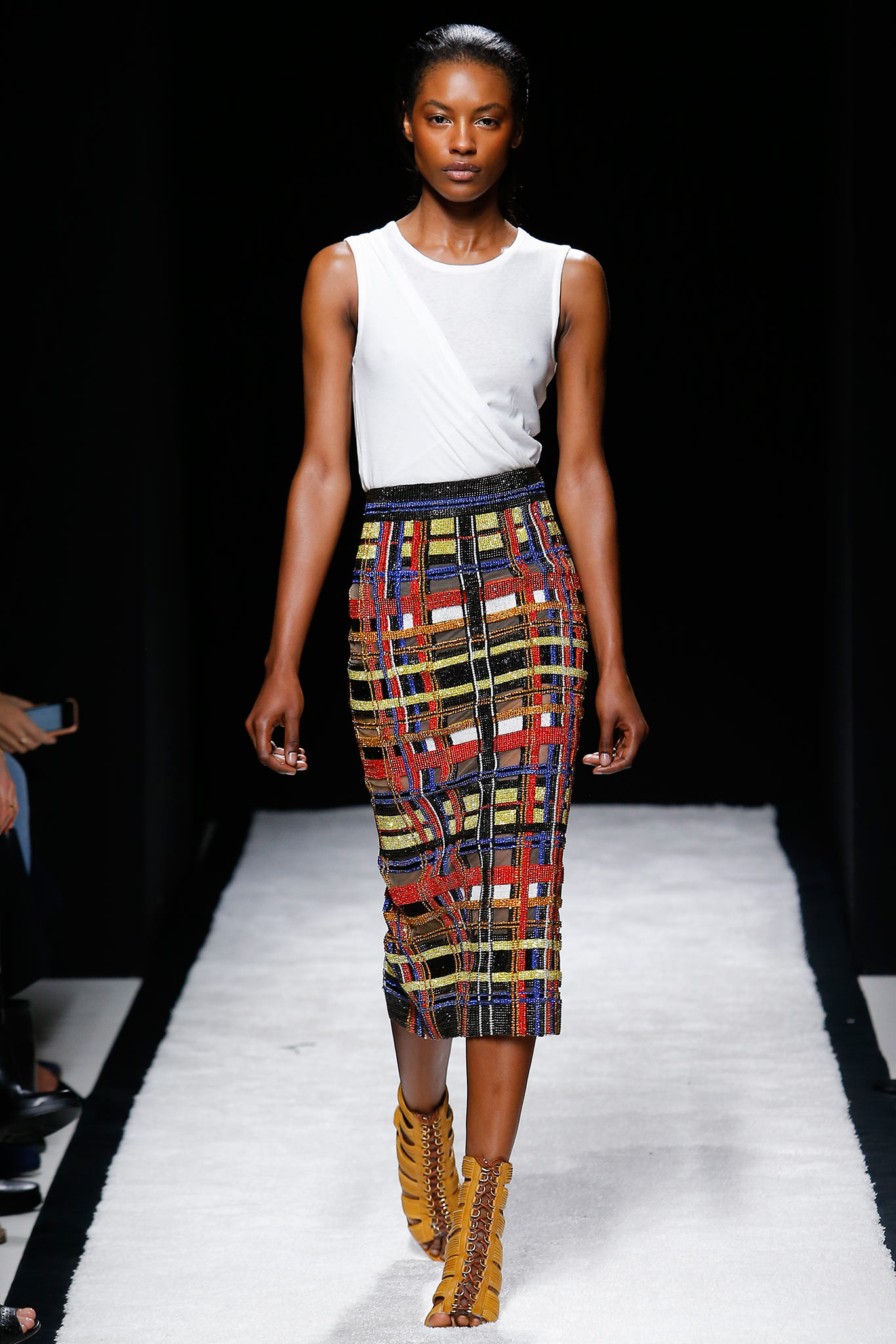 Fashion De Moda: In The Thick Of Style